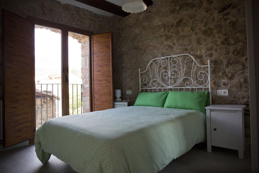 Habitación-estancia-1-Casa-Grabiel-turismo-de-Areny-de-Noguera-Aragón