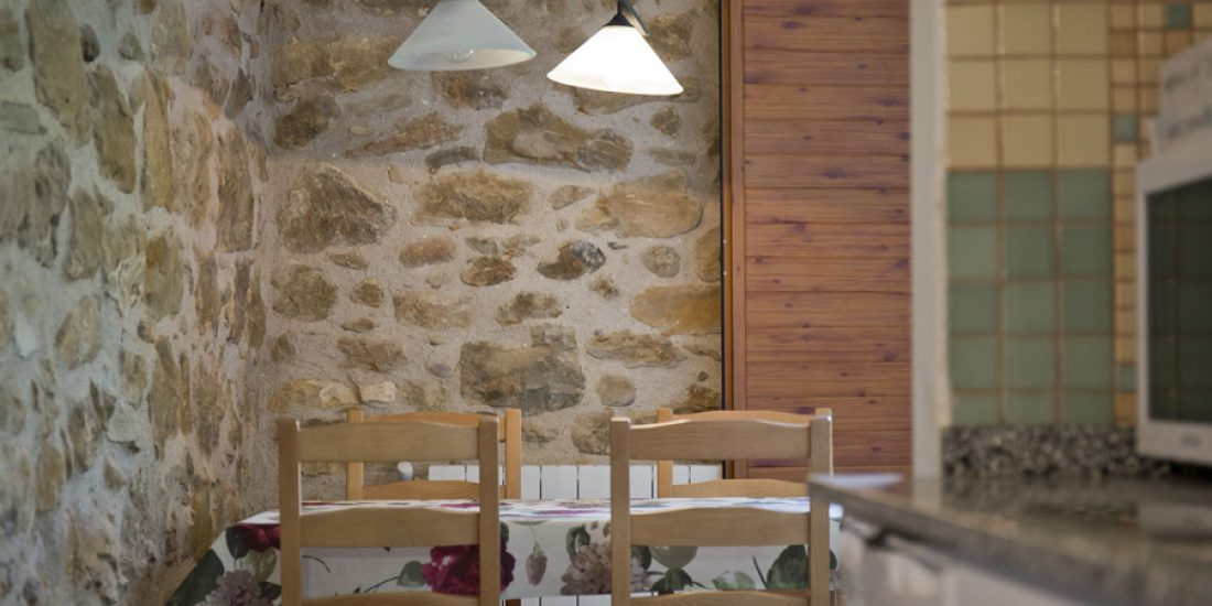 Comedor-casa-2-Casa-Grabiel-turismo-de-Areny-de-Noguera-Aragón