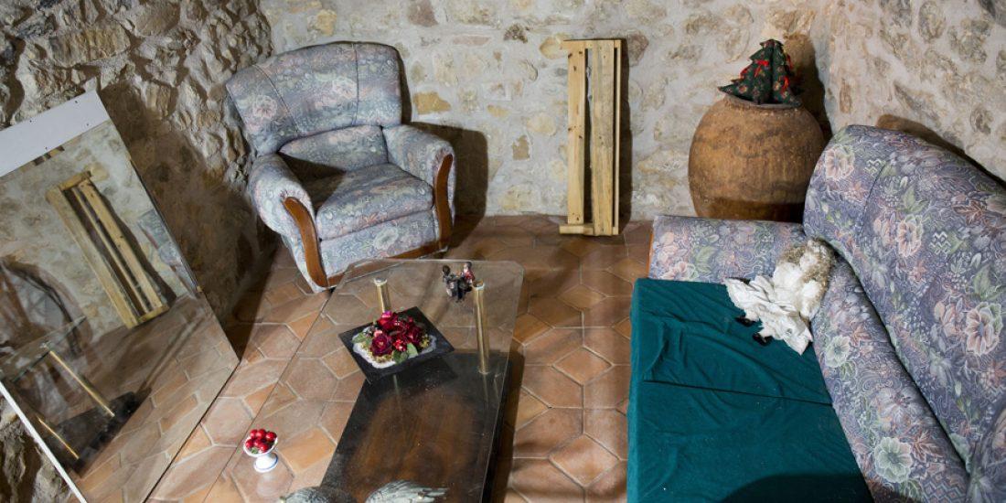 Entrada-bodeguita-Casa-Grabiel-turismo-de-Areny-de-Noguera-Aragón-2