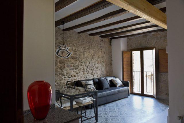 Salón-comedor-habitación-1-Casa-Grabiel-turismo-de-Areny-de-Noguera-Aragón